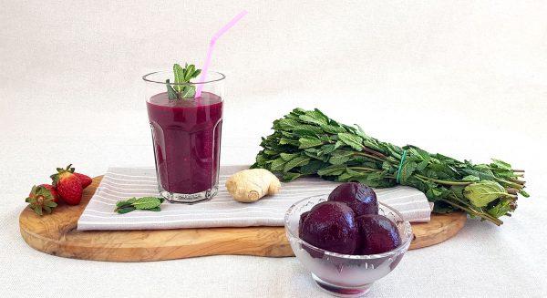 Bieten smoothie met bosvruchten - Clean eating, Glutenvrij, Lactosevrij, Paleo